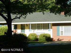 338 Pine Valley Drive, Wilmington, NC 28412