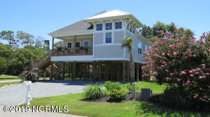 21 Greenview Drive, Caswell Beach, NC 28465