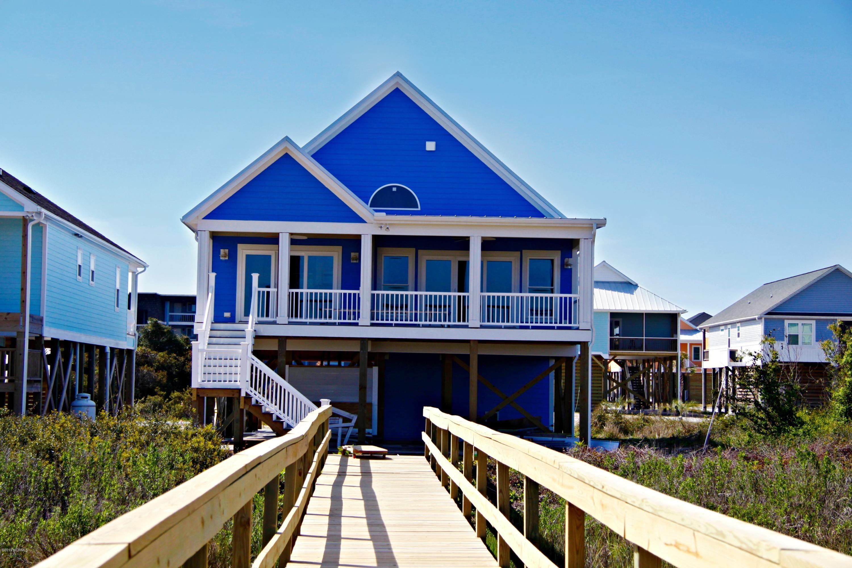 2718 W Pelican Drive Oak Island, NC 28465