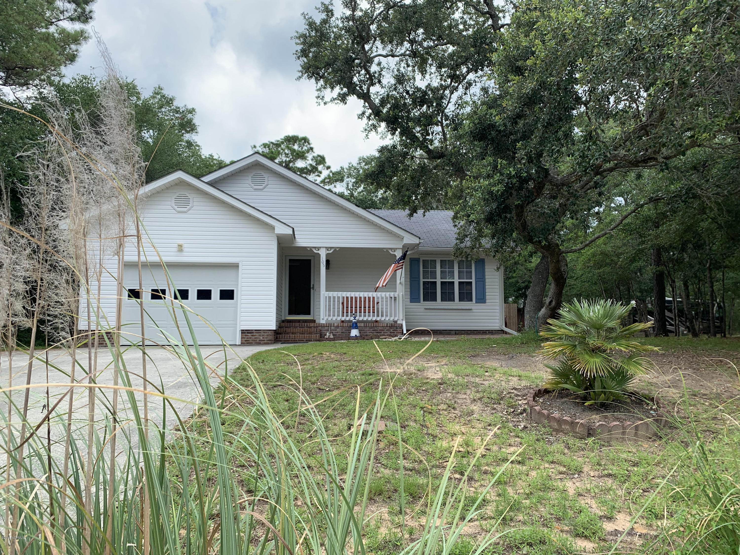 105 SE 19TH Street Oak Island, NC 28465