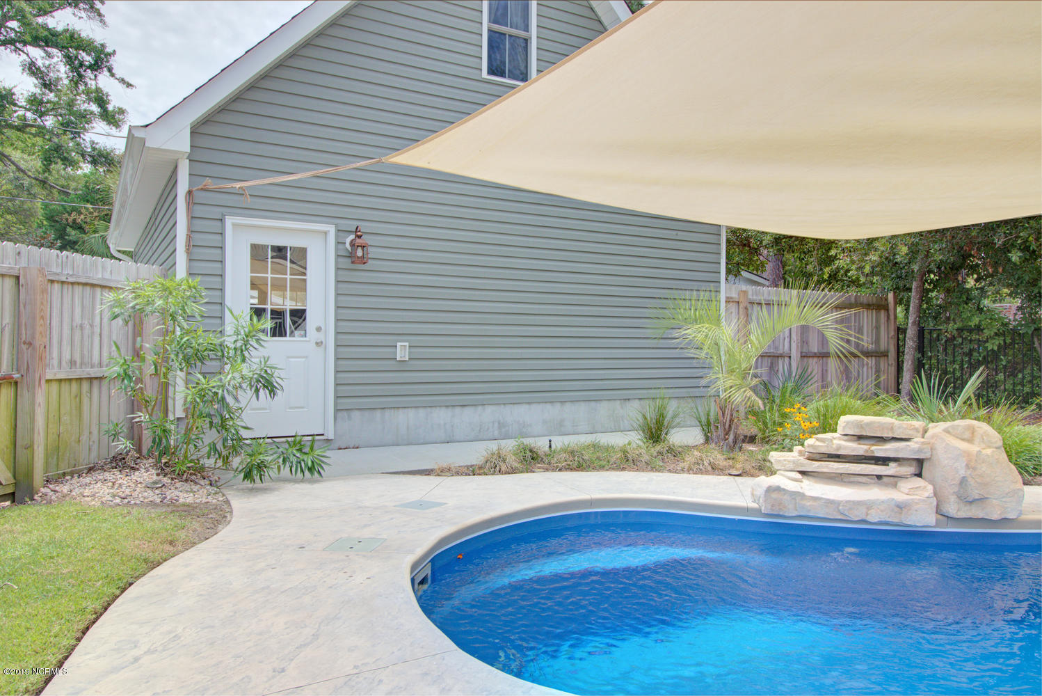 311 W Brown Street Southport, NC 28461