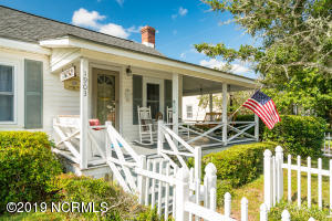 Charming cottage in the heart of Morehead City