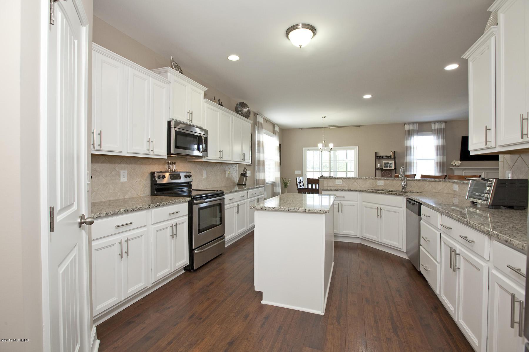 7241 Sanctuary Drive- Wilmington- North Carolina 28411, 5 Bedrooms Bedrooms, 10 Rooms Rooms,4 BathroomsBathrooms,Residential,For Sale,Sanctuary,100179495