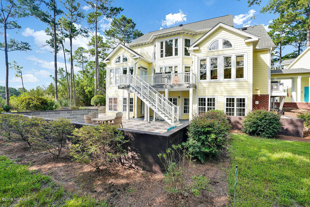 3310 Sparkleberry Court Southport, NC 28461