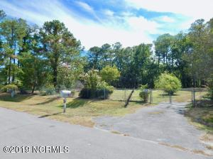 242 Hilltop Road, Newport, NC 28570