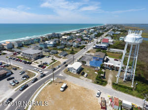 201 S Topsail Drive, Surf City, NC 28445