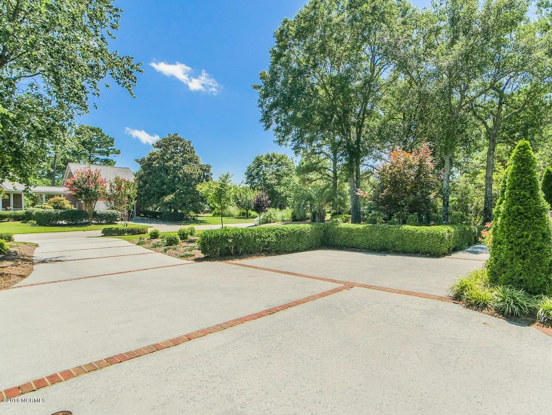 1024 Arboretum Drive Wilmington, NC 28405