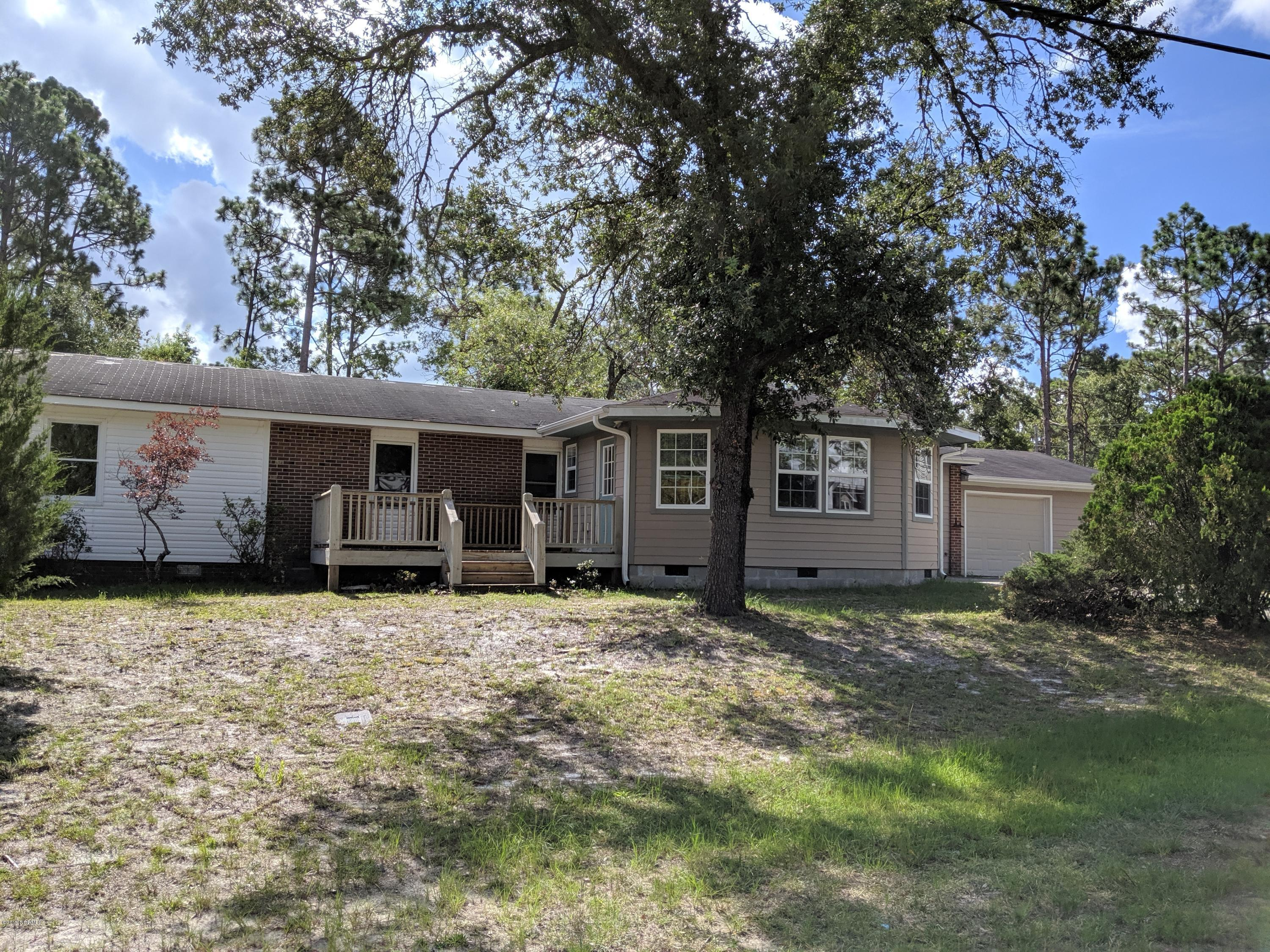 1341 Forest Lake Drive Southport, NC 28461