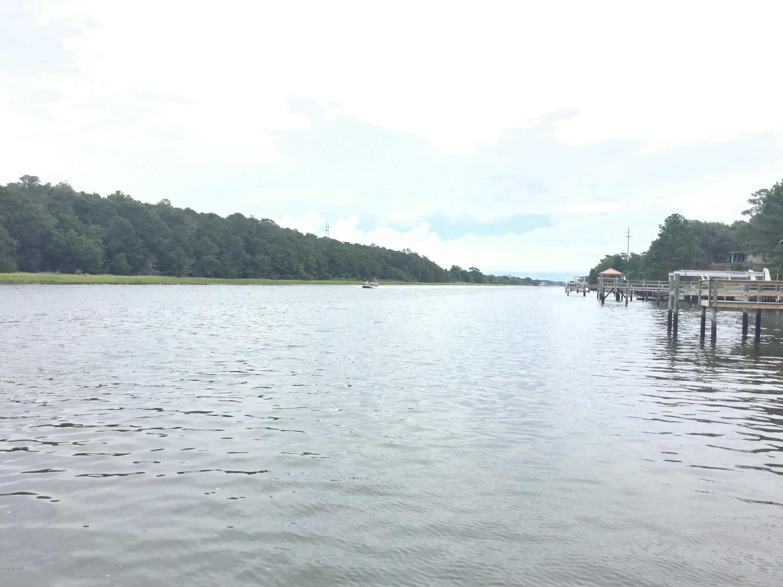 8 E Yacht Drive Oak Island, NC 28465