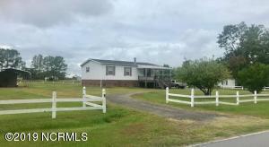 356 Crow Hill Road, Beaufort, NC 28516
