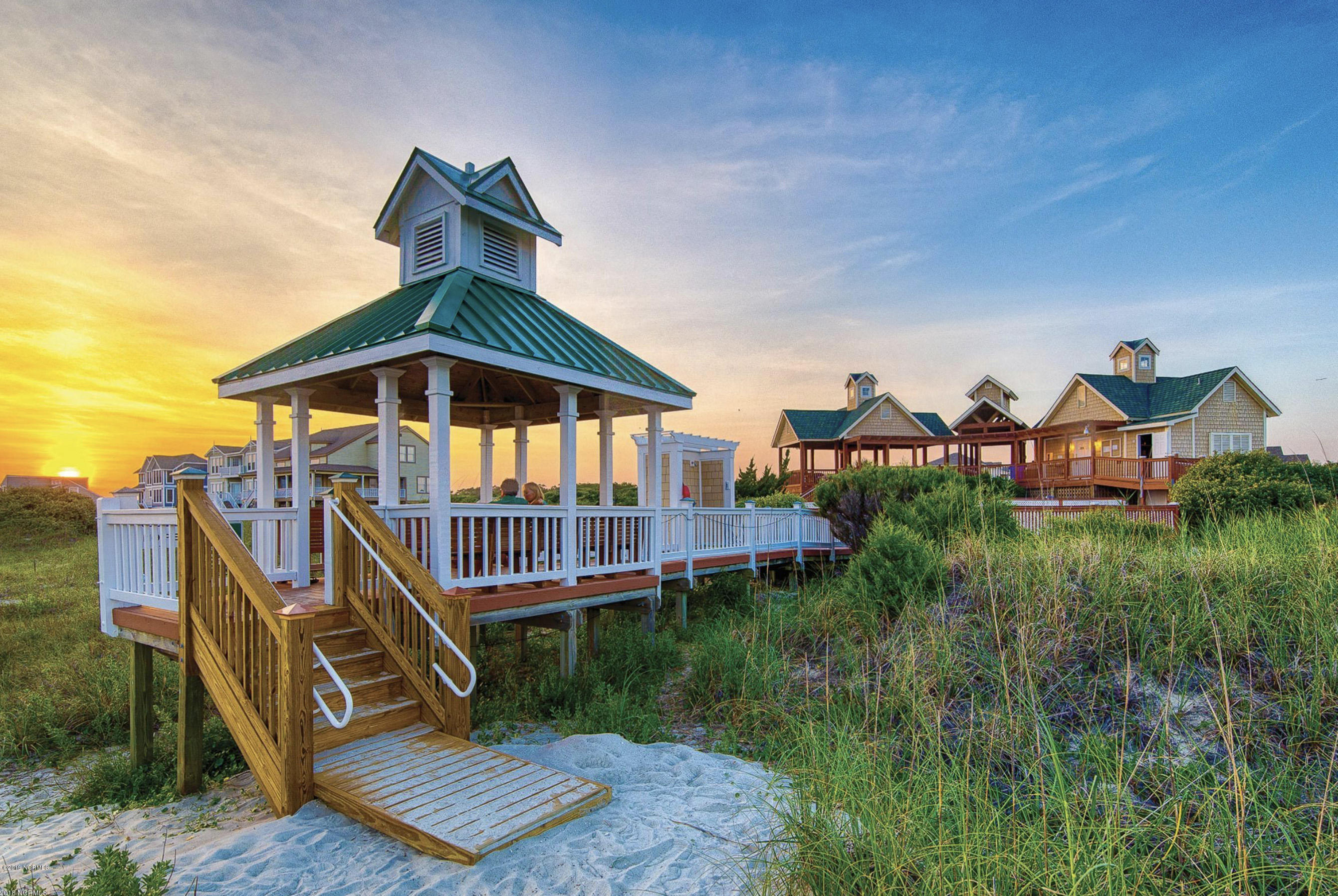 3338 W Seagrass Court Southport, NC 28461