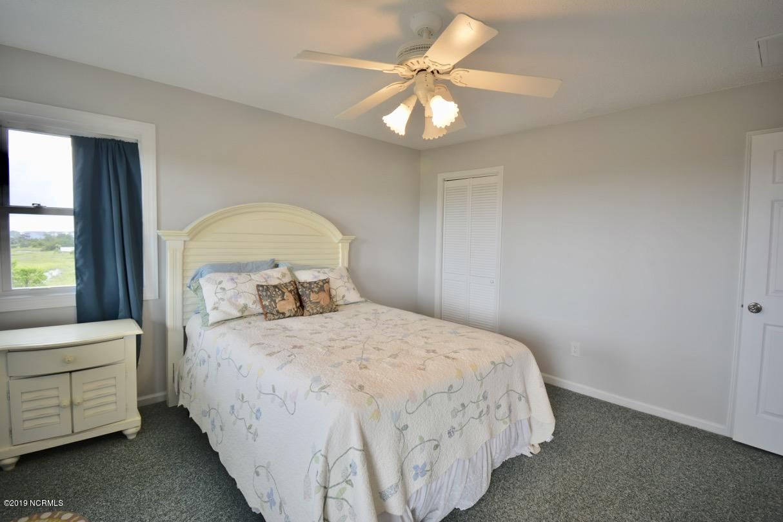 1318 Ocean Boulevard Holden Beach, NC 28462