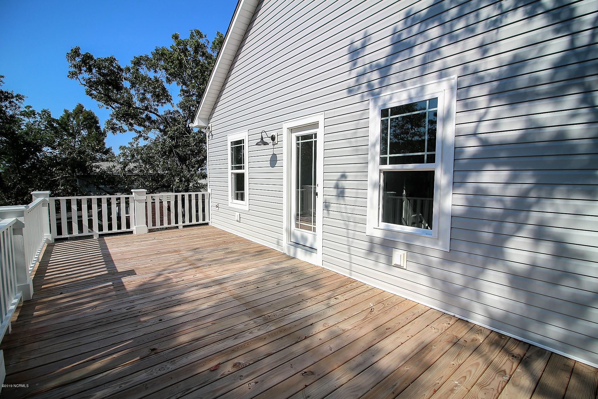503 Norton Street Oak Island, NC 28465
