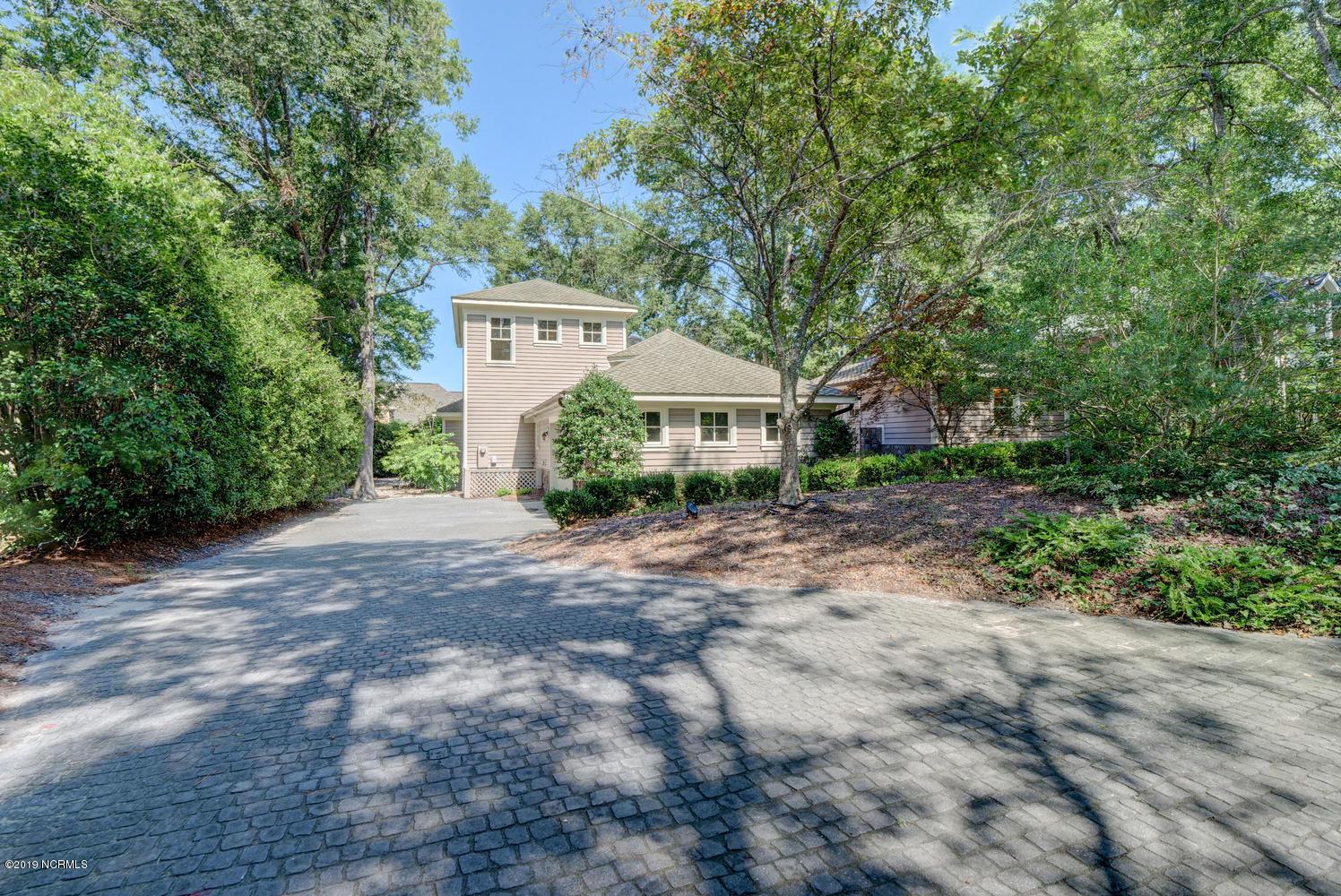 1241 Arboretum Drive Wilmington, NC 28405