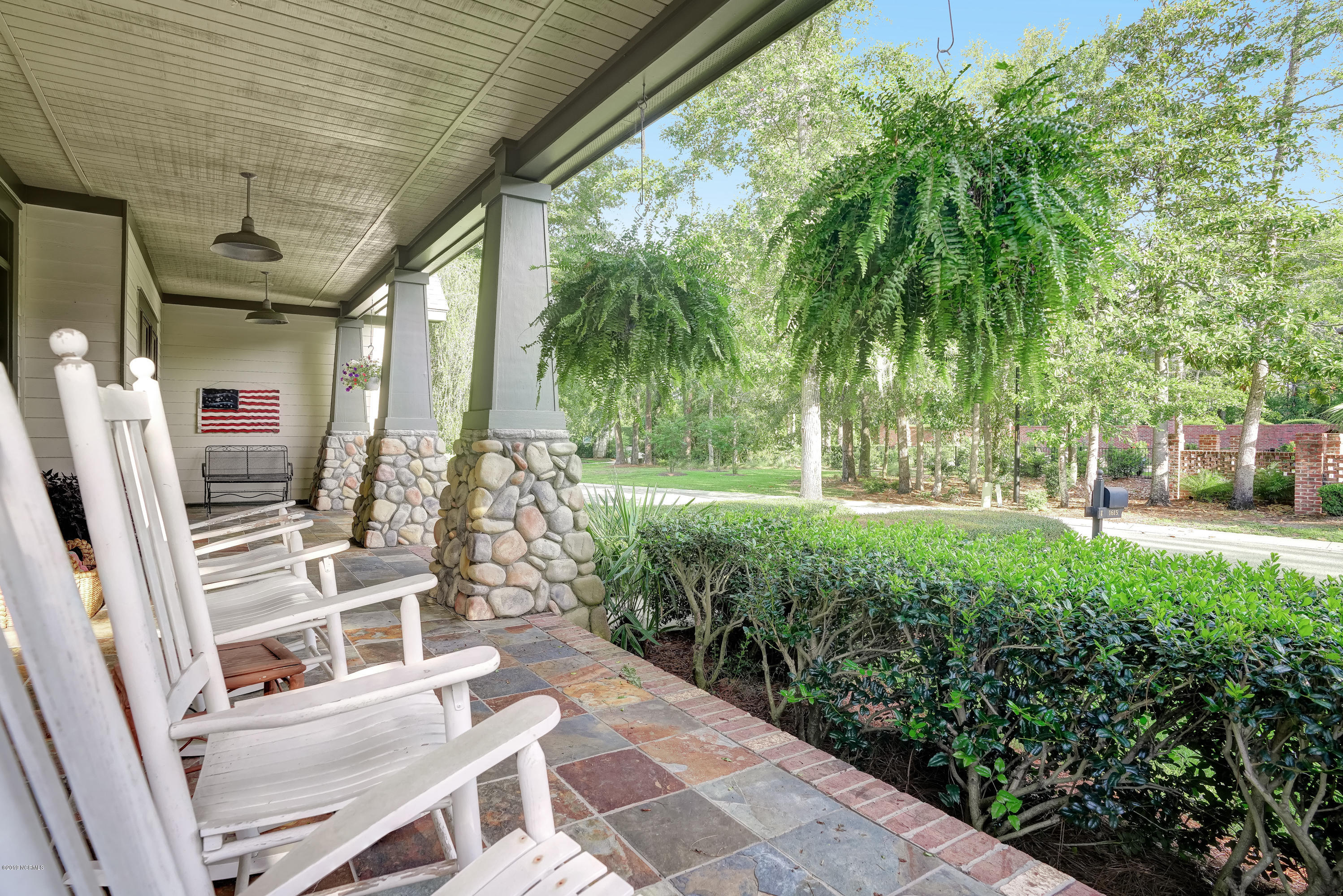 1615 Airlie Forest Court Wilmington, NC 28403