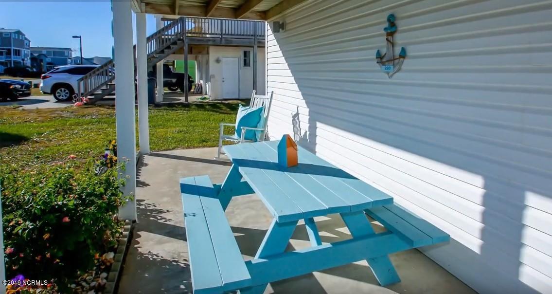 290 Ocean Boulevard Holden Beach, NC 28462