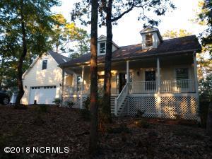 120 White Swan Way, Swansboro, NC 28584