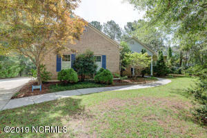 1017 Royal Tern Drive, Hampstead, NC 28443