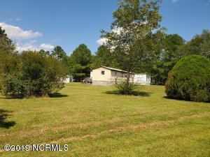 202 Saddle Ridge Road, Currie, NC 28435