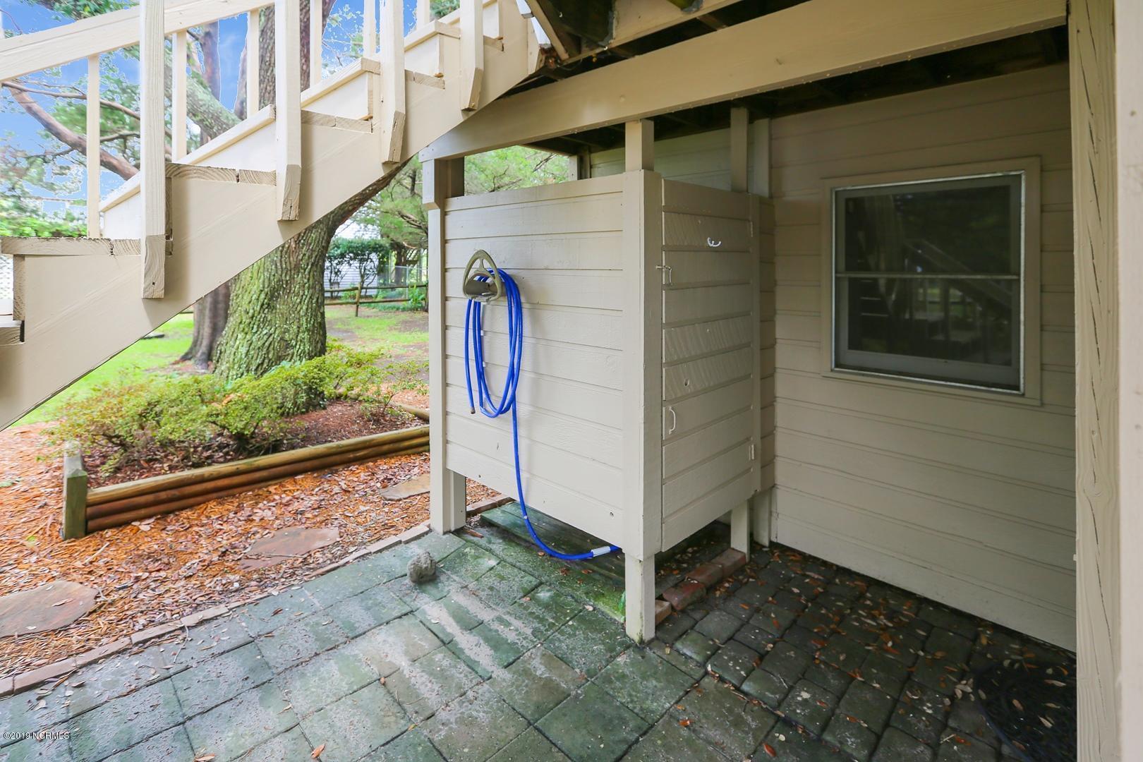 301 22ND Place Oak Island, NC 28465
