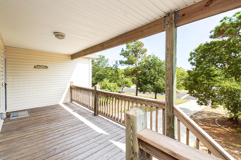 106 E Oak Island Drive Oak Island, NC 28465