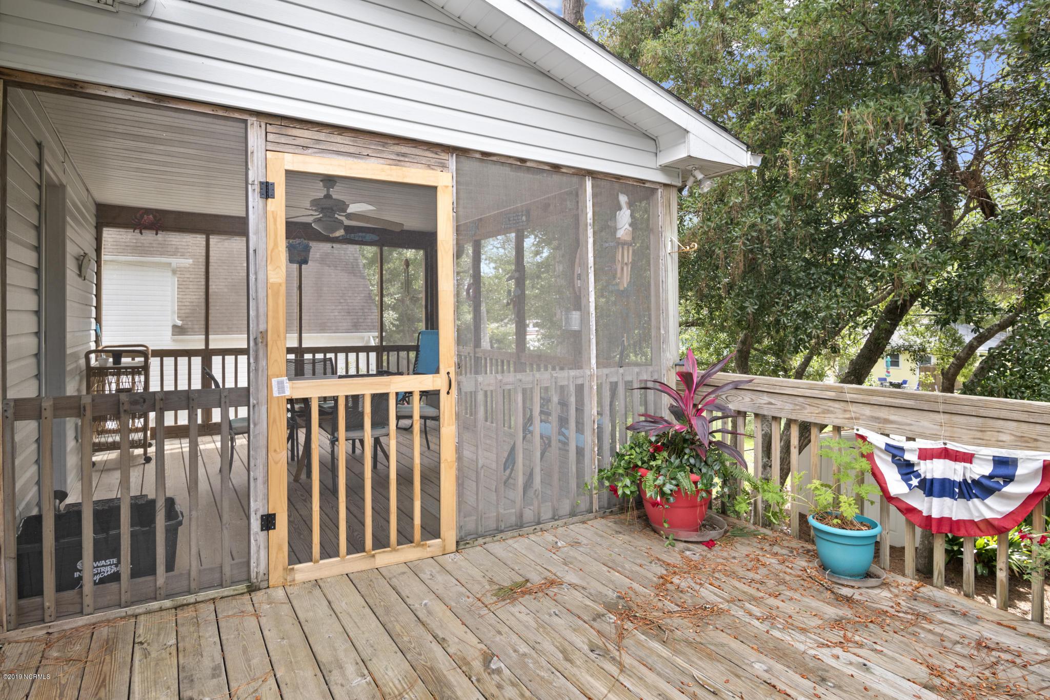 409 McGlamery Street Oak Island, NC 28465