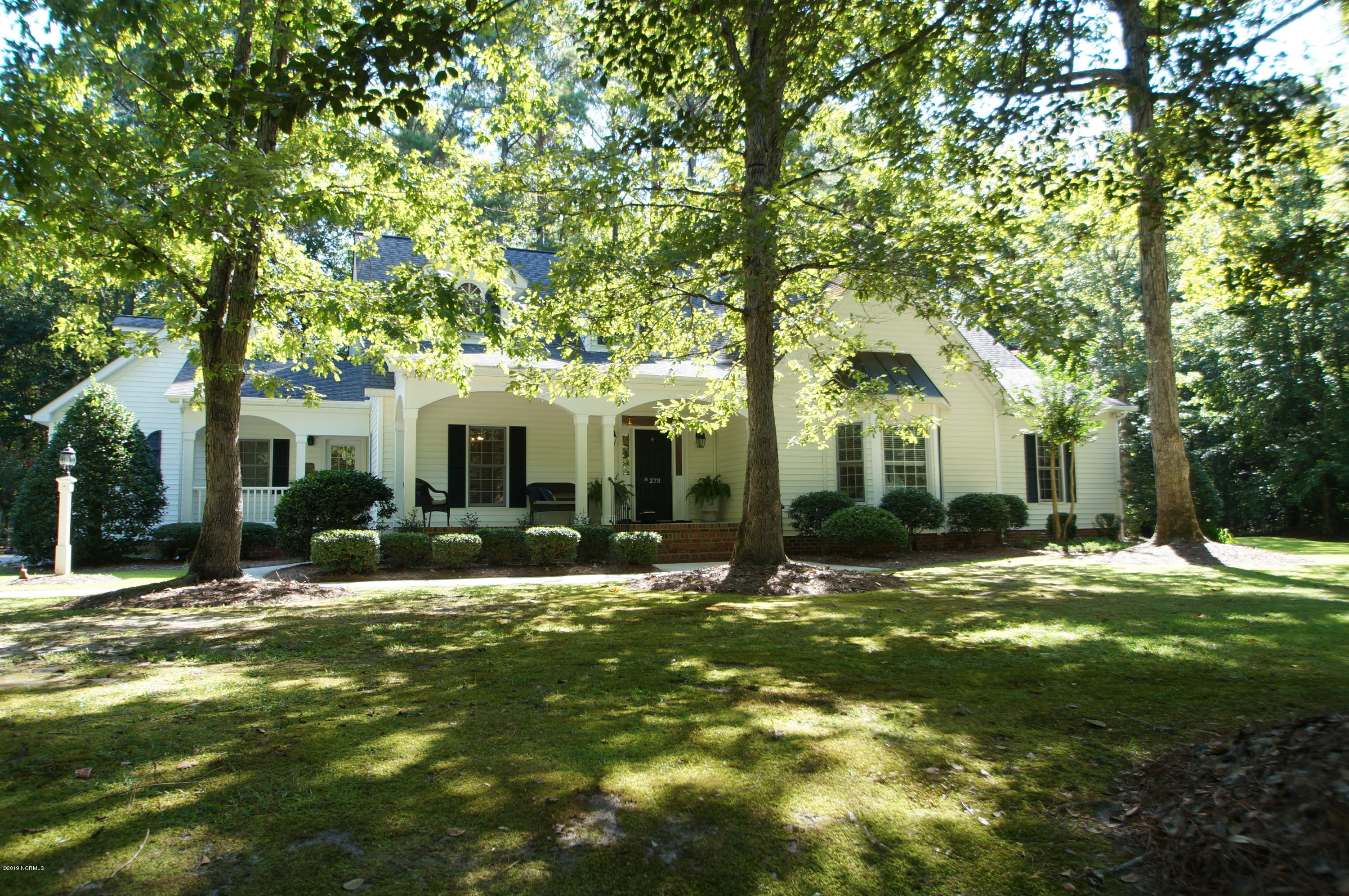 Property for sale at 279 Beech Cove Drive, Grimesland,  North Carolina 27837