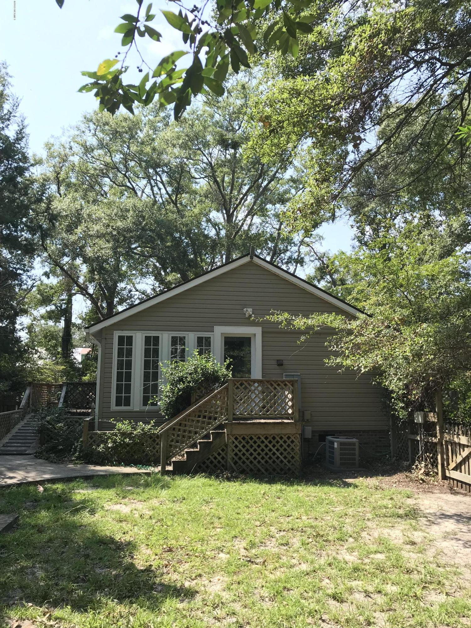 316 N Caswell Avenue Southport, NC 28461