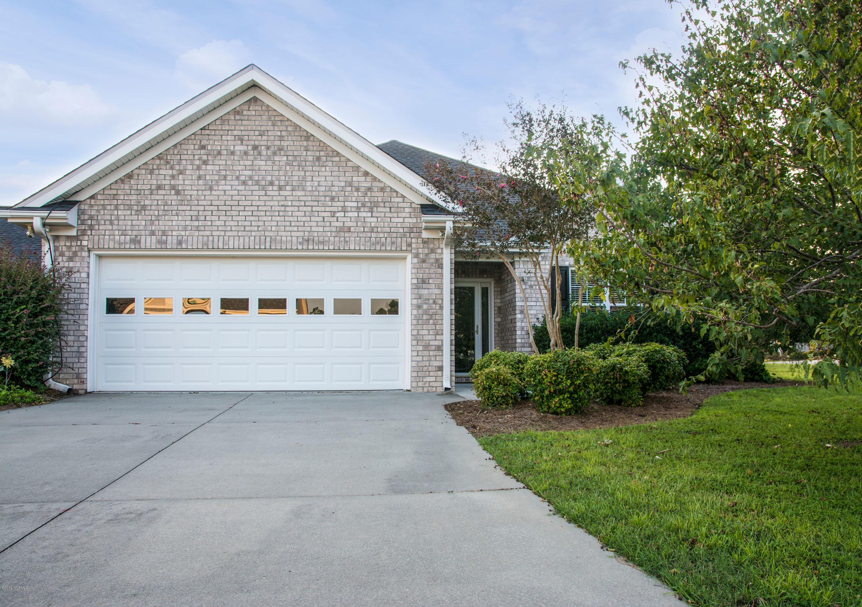 2137 Maple Leaf Drive Southport, NC 28461