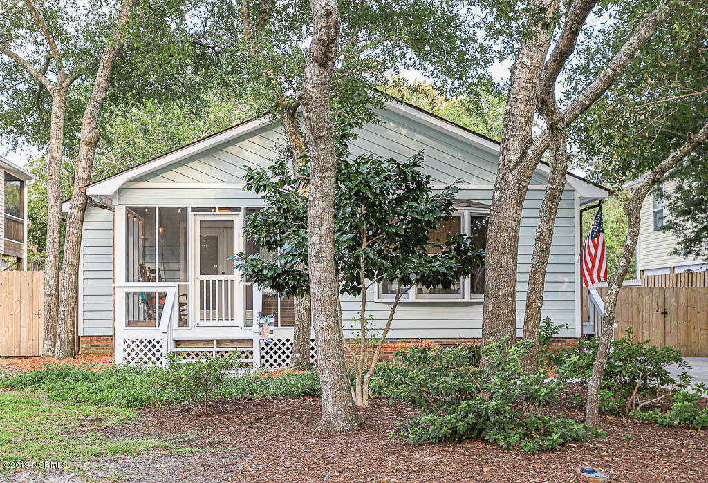 106 NW 4TH Street Oak Island, NC 28465