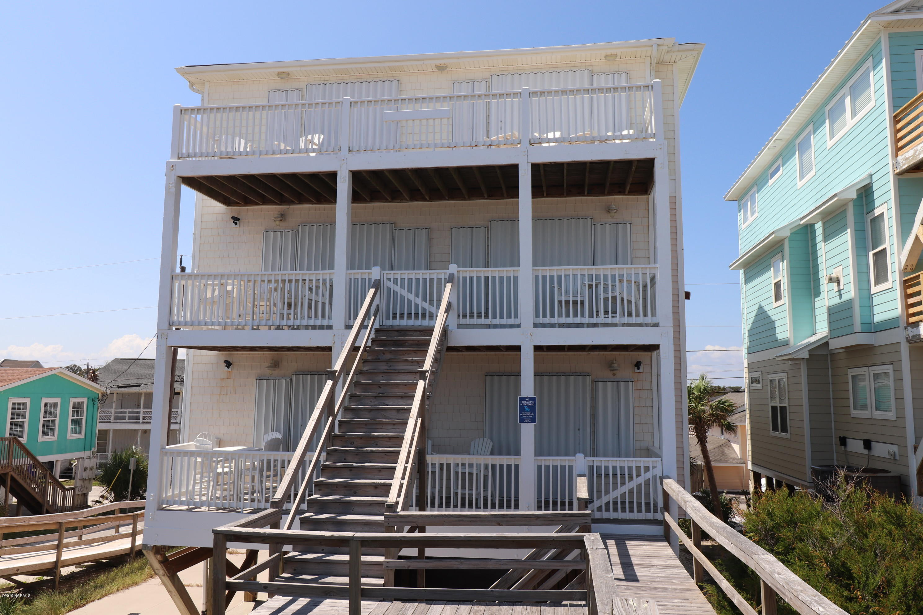 619 Carolina Beach Avenue Carolina Beach, NC 28428