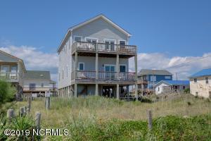 333 Topsail Road, North Topsail Beach, NC 28460