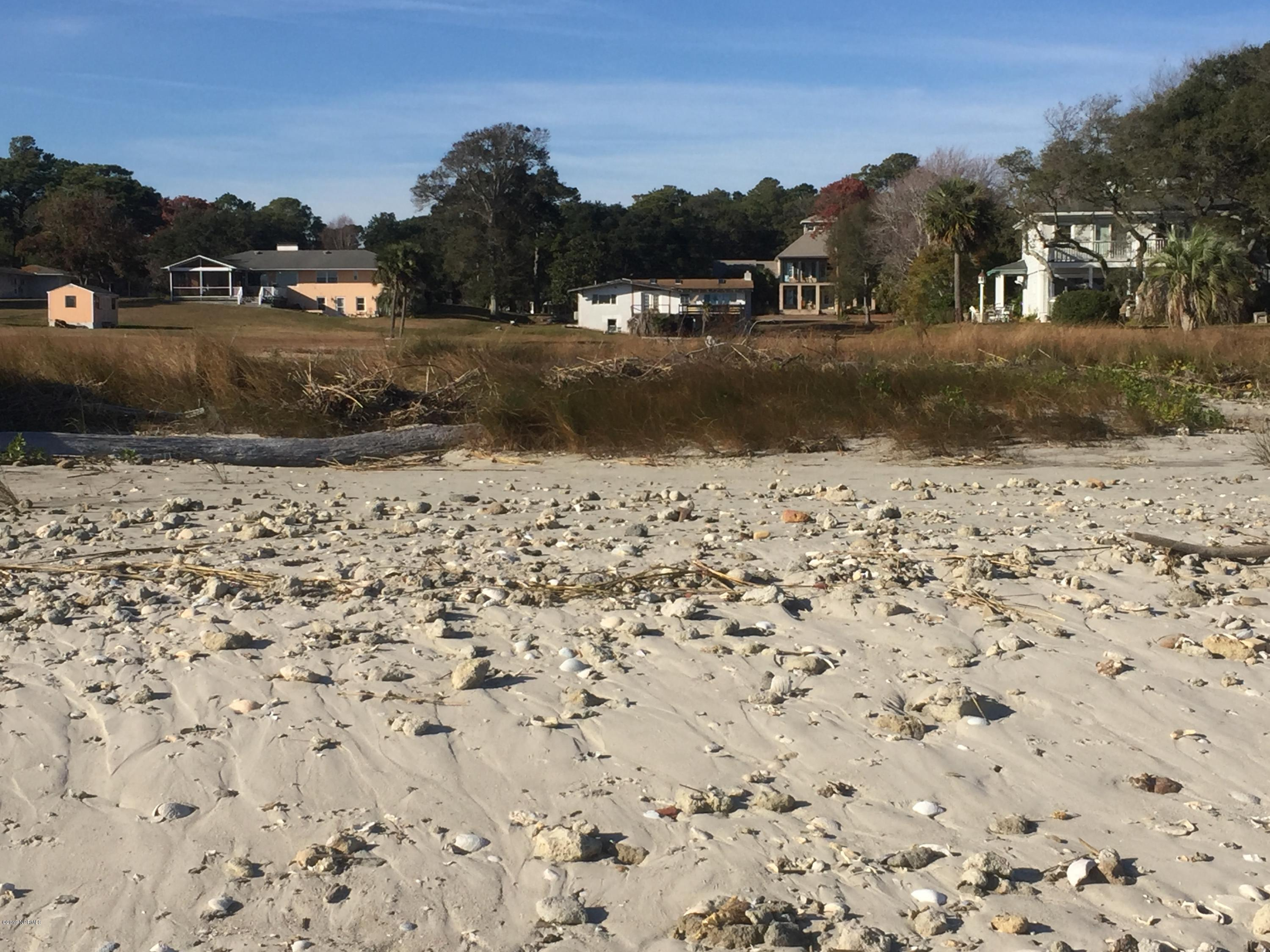 202 River Drive Southport, NC 28461