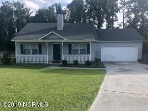318 Firethorn Lane, Jacksonville, NC 28546