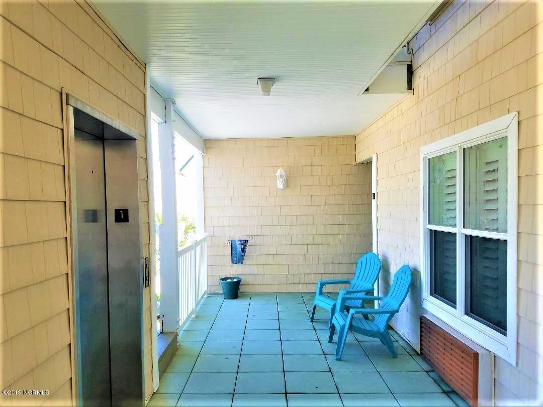 158 Via Old Sound Boulevard Ocean Isle Beach, NC 28469