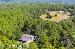 931 Old Whitfield Road, Hampstead, NC 28443