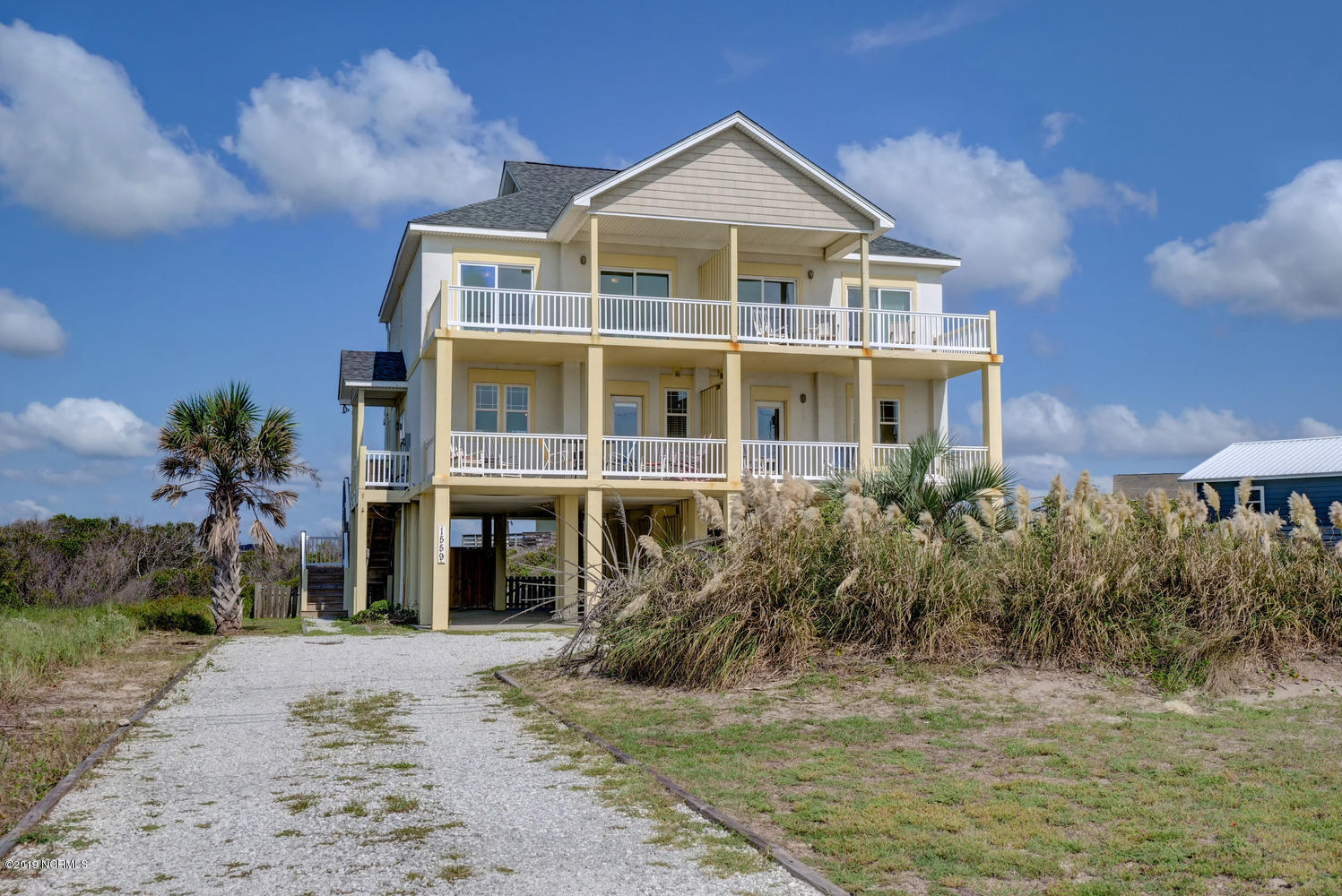 1559 New River Inlet Road, North Topsail Beach, North Carolina 28460, 3 Bedrooms Bedrooms, ,2 BathroomsBathrooms,Residential,For Sale,New River Inlet,100186308