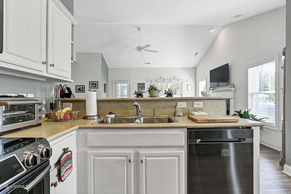 3705 Tiger Lily Court Southport, NC 28461