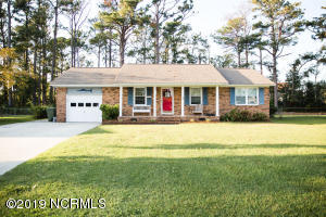 913 Harrell Drive, Morehead City, NC 28557