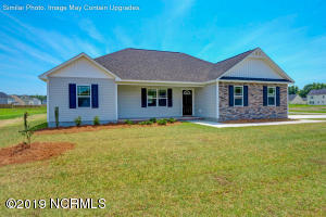 705 Crystal Cove Court, Sneads Ferry, NC 28460