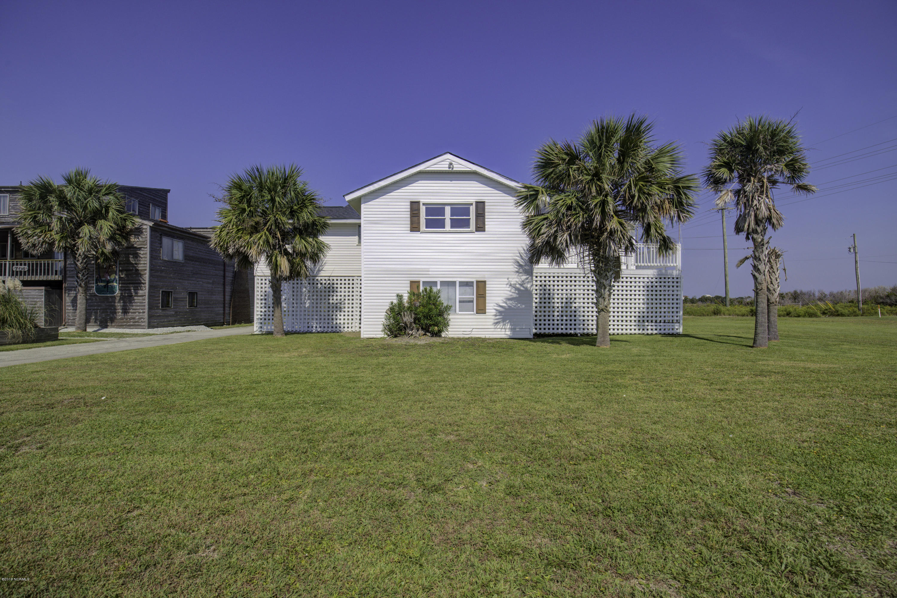 702 Trade Winds Drive, North Topsail Beach, North Carolina 28460, 3 Bedrooms Bedrooms, ,3 BathroomsBathrooms,Residential,For Sale,Trade Winds,100125819