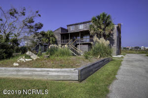 704 Trade Winds Drive S, North Topsail Beach, NC 28460