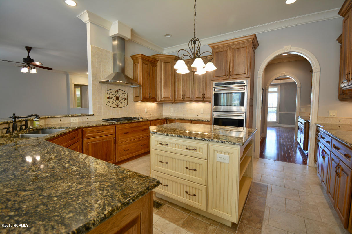 2769 Harbormaster Drive Southport, NC 28461