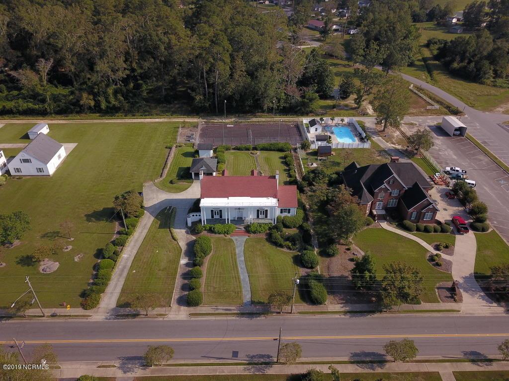 416 Main Street, Bladenboro, North Carolina 28320, 4 Bedrooms Bedrooms, ,3 BathroomsBathrooms,Residential,For Sale,Main,100187519