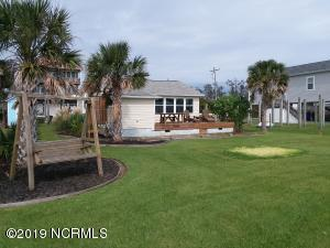 520 Atkinson Point Road, Surf City, NC 28445