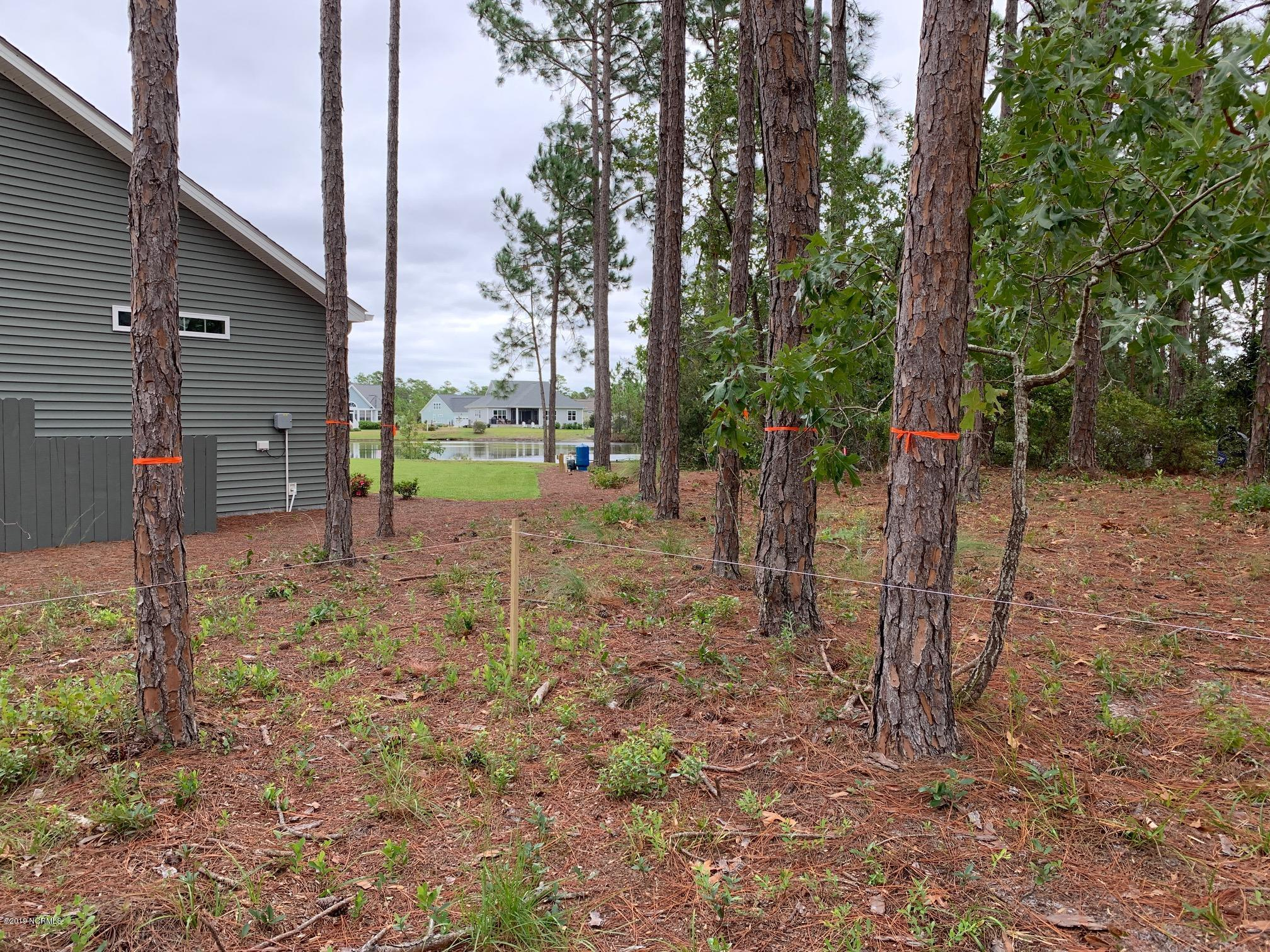 3695 Willow Lake Drive Southport, NC 28461