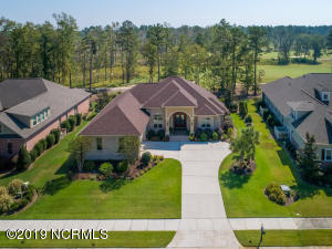 Stately home on Cape Fear National Golf Course