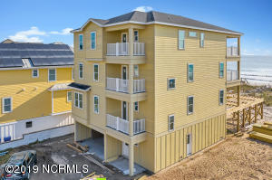 1519 S Lake Park Boulevard, Carolina Beach, NC 28428