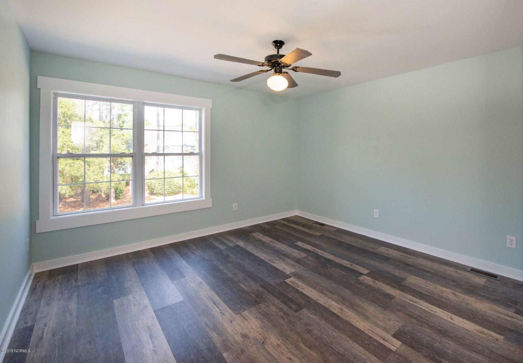 3123 Lakeside Commons Drive Southport, NC 28461