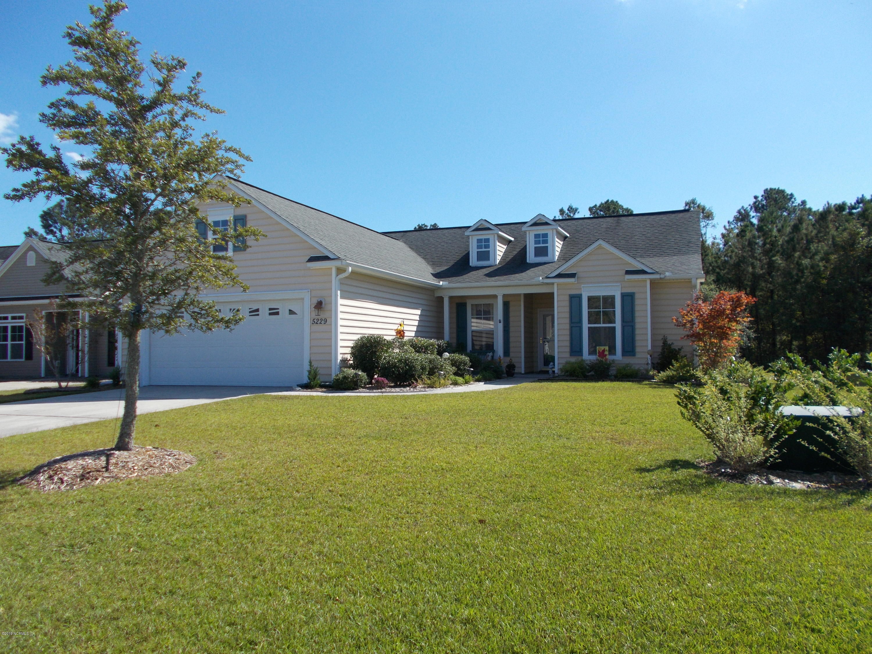 5229 Shipmast Way Southport, NC 28461
